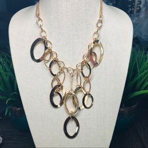 NWT Paparazzi 4pc Necklaces Collection